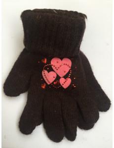 Перчатки зимние коричневого цвета с сердечками