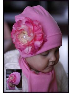 Комплект весенний розовый шапка и шарф с пионом